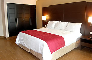 Junior Suite extra large Bed (king sized) - Principe Hotel & Suites, Panama